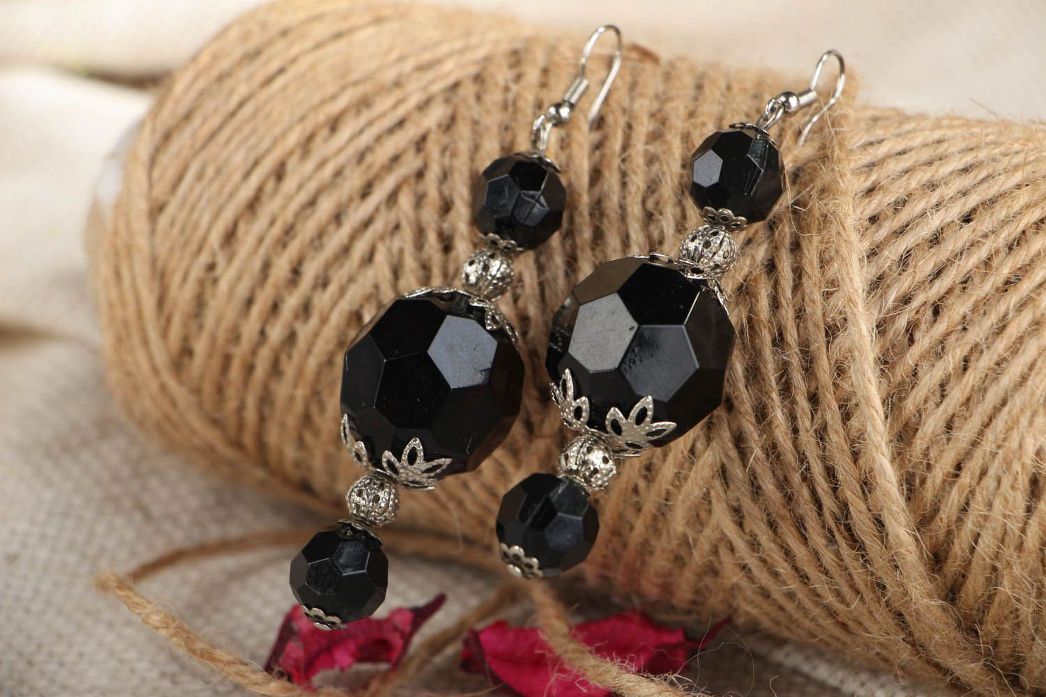 Earrings with large black beads photo 5
