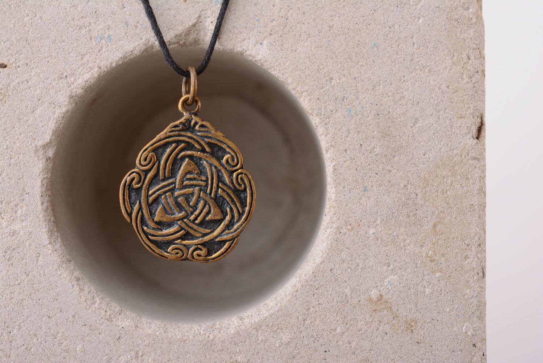Anhänger aus Bronze Keltisches Muster foto 3