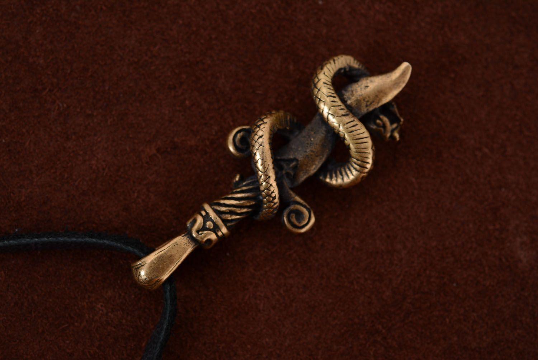Бронзовая подвеска Змея и меч фото 1