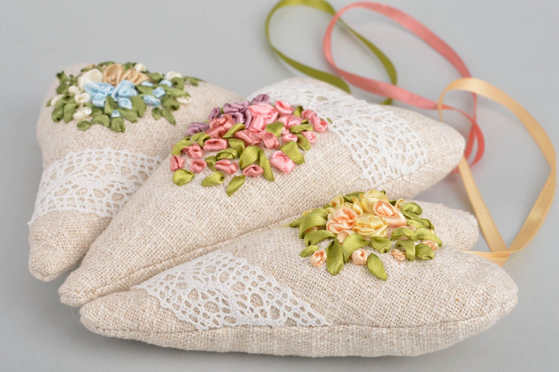 Set of 3 handmade designer heart shaped fabric sachet pillows with aroma photo 4