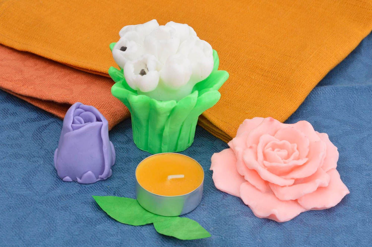 Handmade soap set natural cosmetics 4 flowers pieces natural soap gift idea photo 1