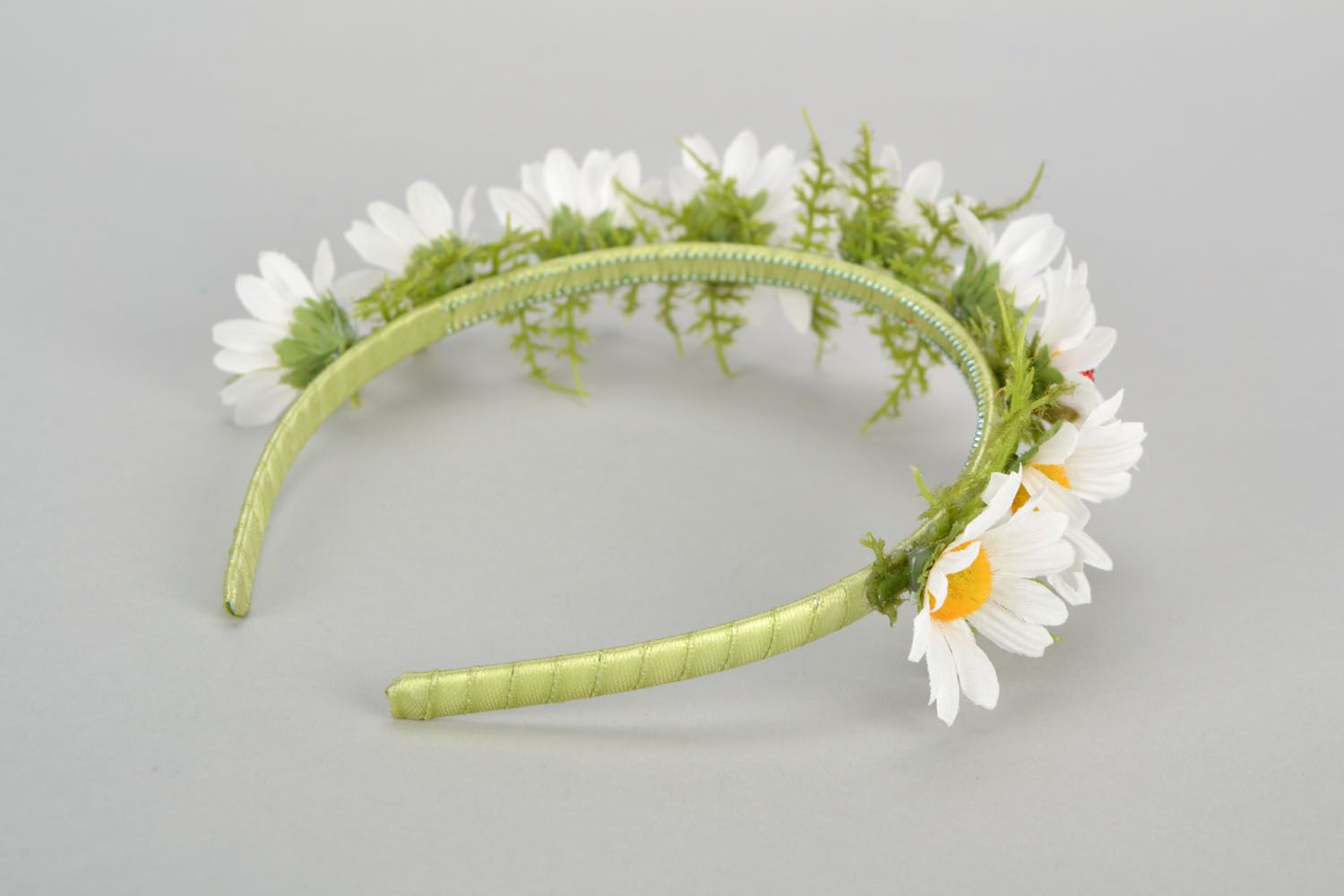 Handmade headband with flowers photo 4