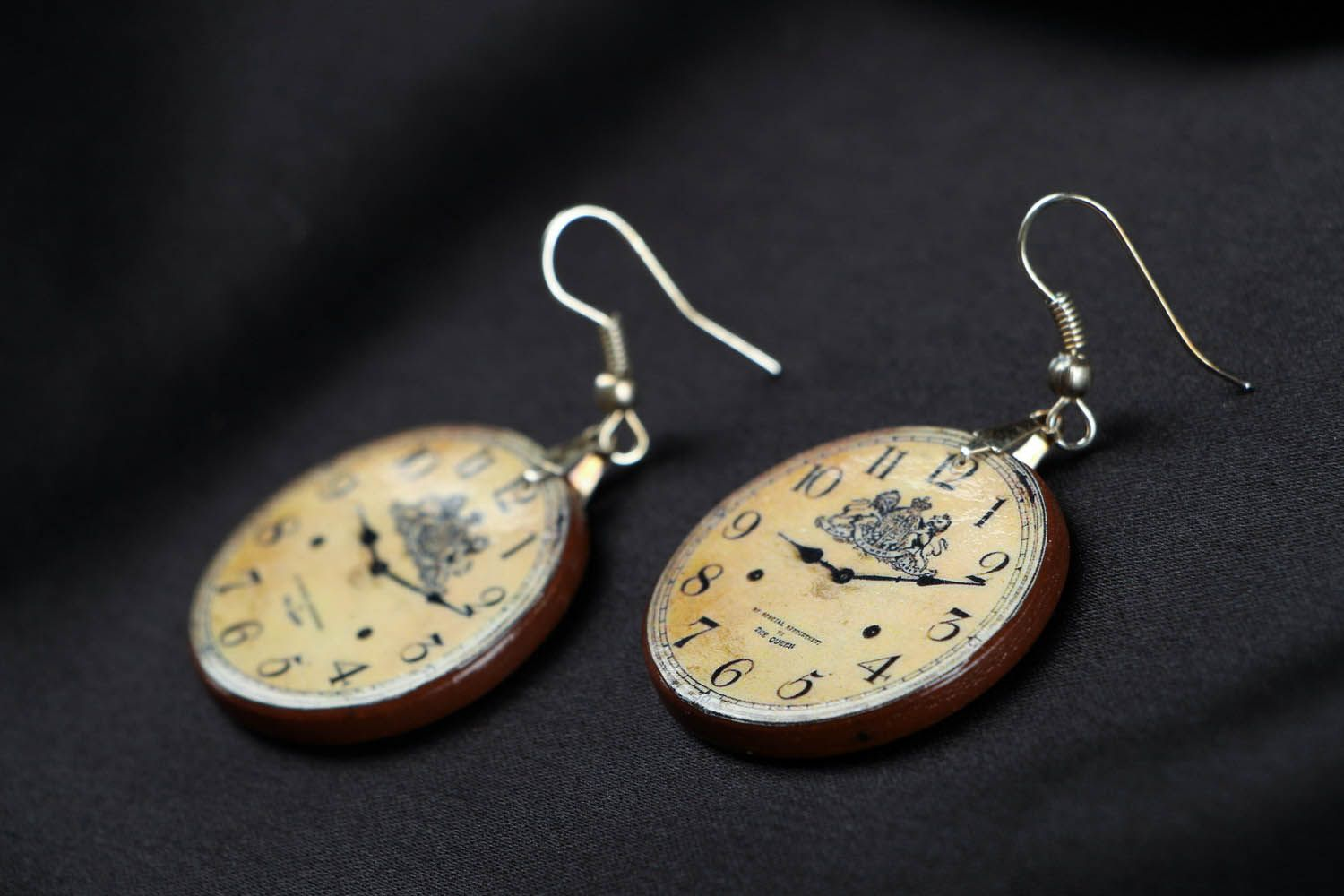 Earrings Clock photo 2