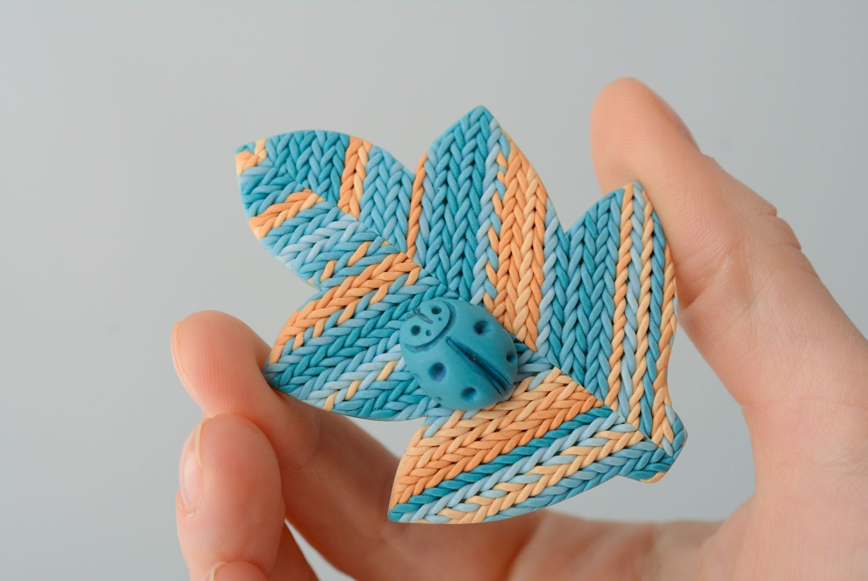 Брошь из полимерной глины Лист Украины фото 3