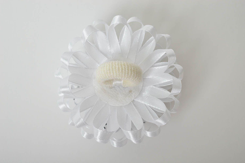Stylish handmade flower scrunchie hair tie designer hair accessories for girls photo 4