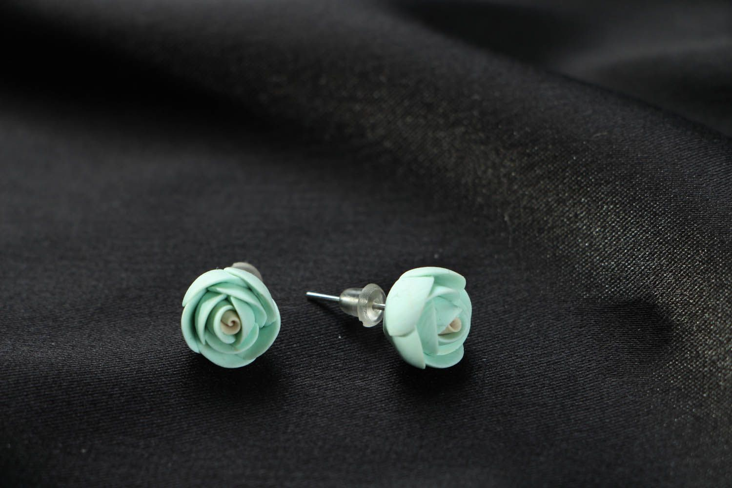 Polymer clay stud earrings photo 2
