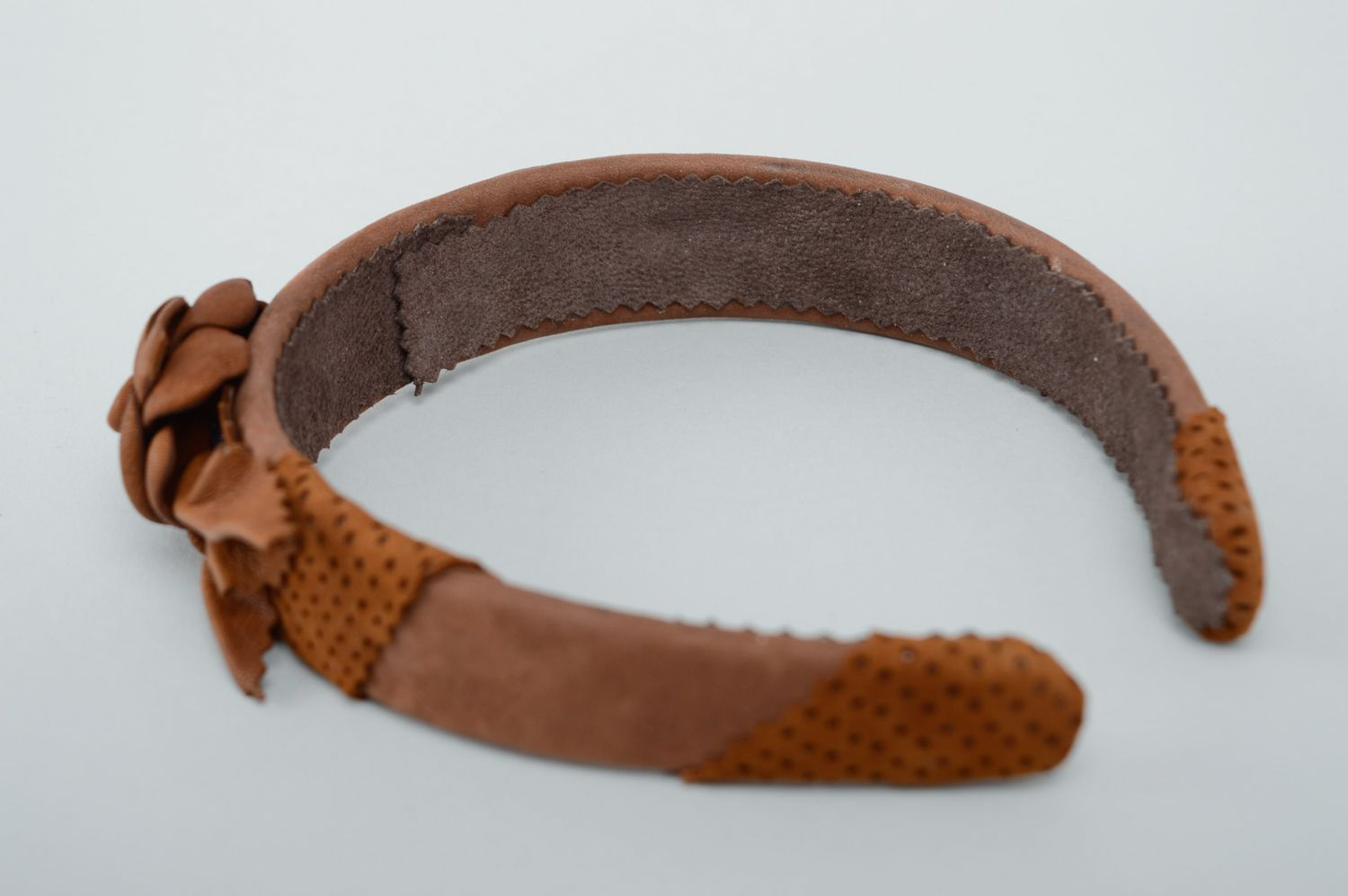 Brown leather headband with flower photo 4