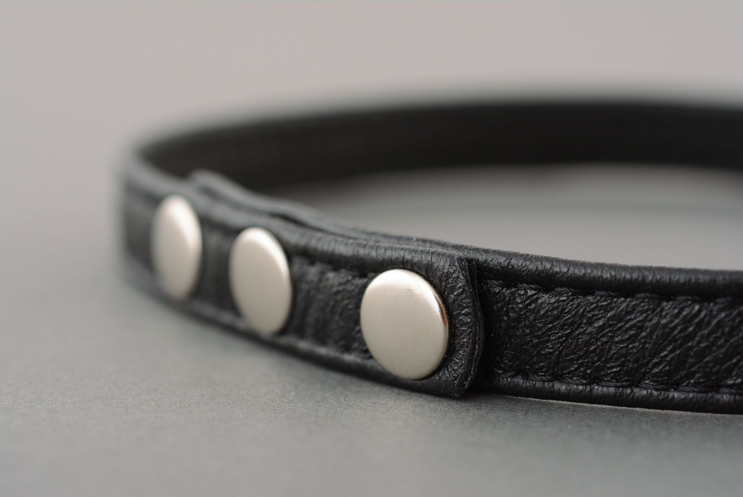 Black leather bracelet photo 5