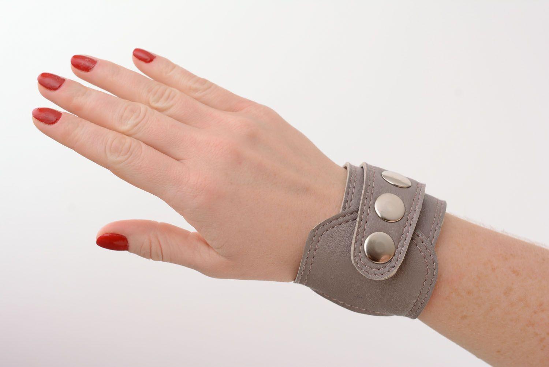 Breites Armband aus Leder foto 1