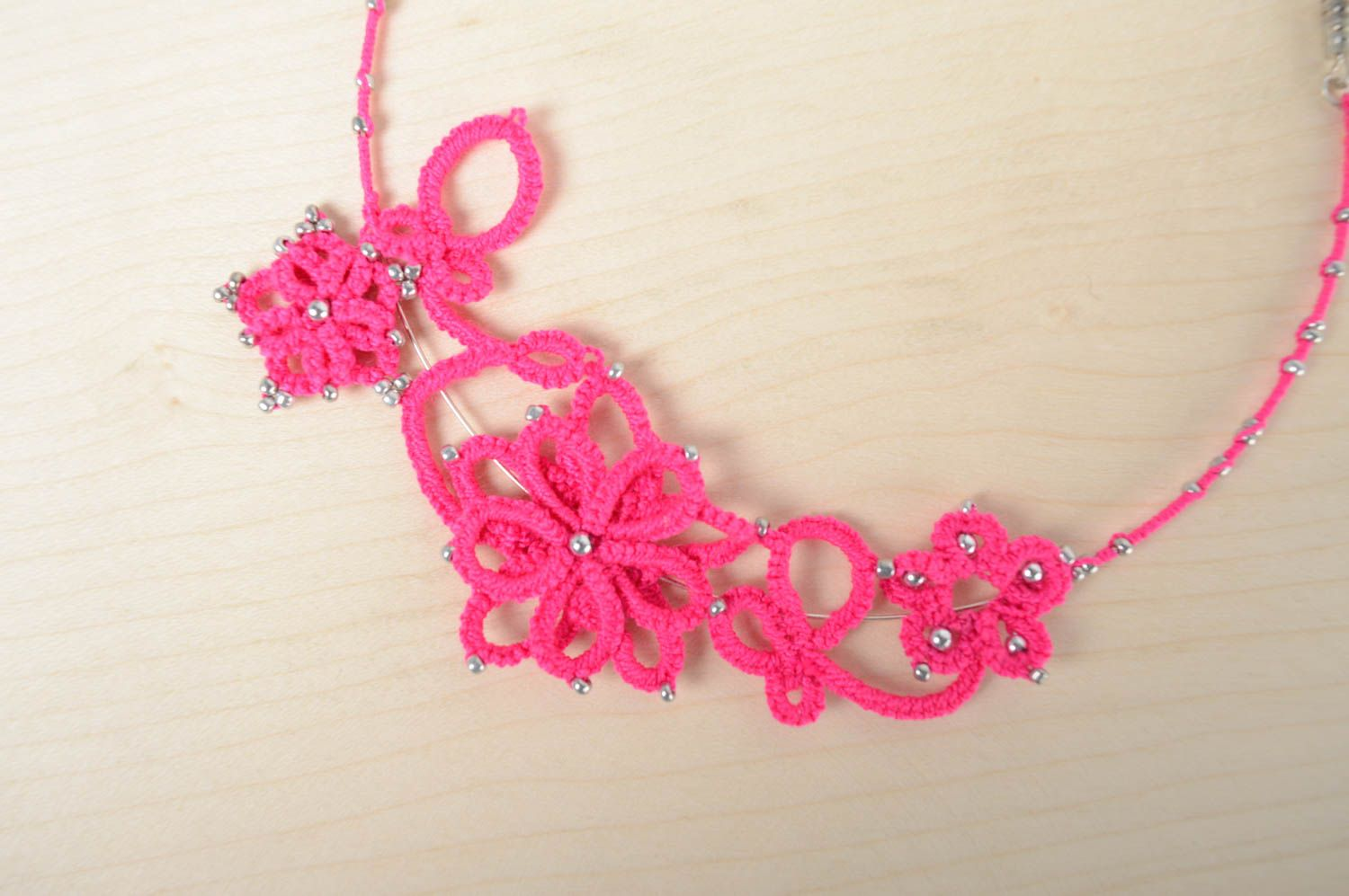 Woven necklace photo 5
