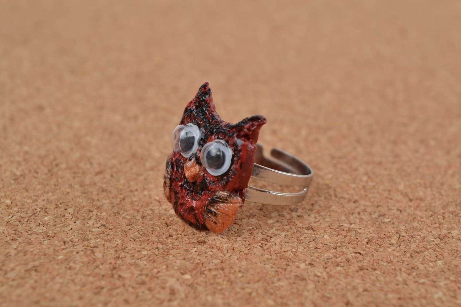 Handmade jewelry ring with metal basis and polymer clay painted owl photo 1