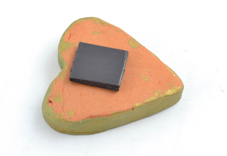 Ceramic fridge magnet in the shape of lime heart photo 5