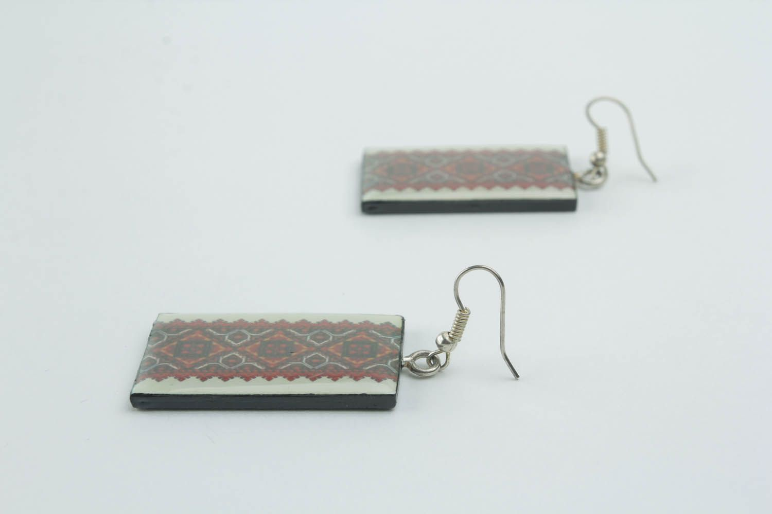 Earrings with ethnic patterns  photo 2