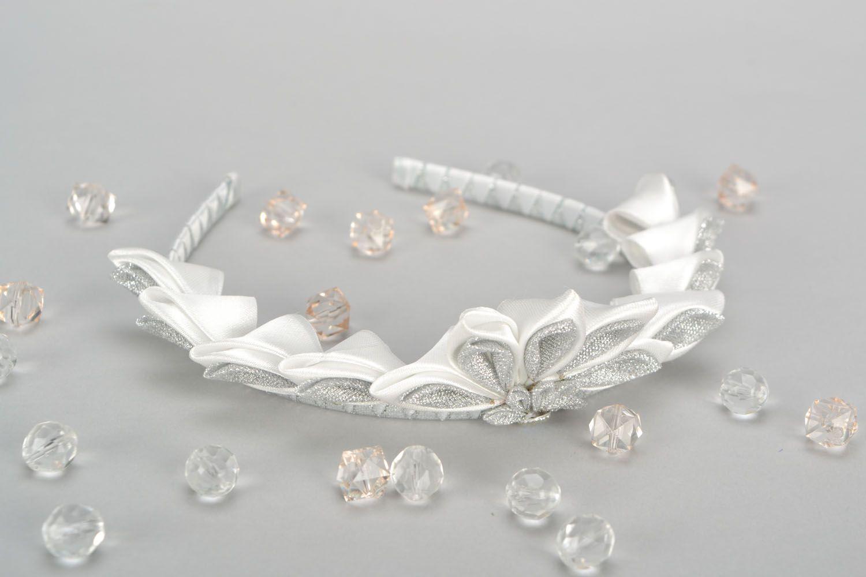 Homemade white diadem photo 1