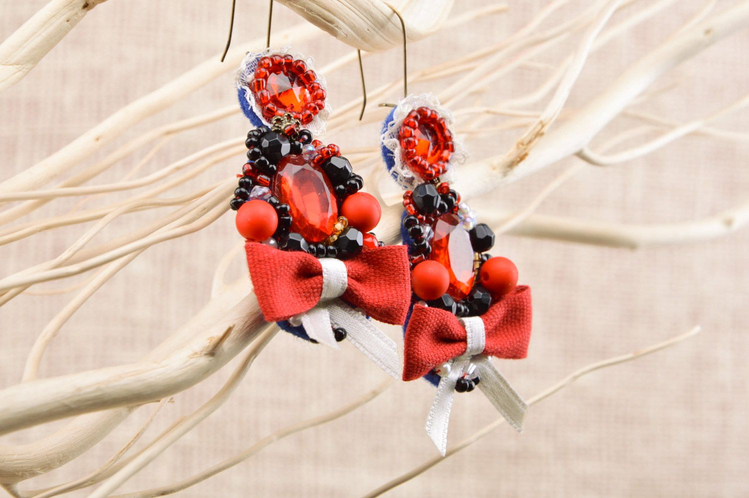 Handmade festive beaded dangle earrings with bows in red color palette for women photo 5