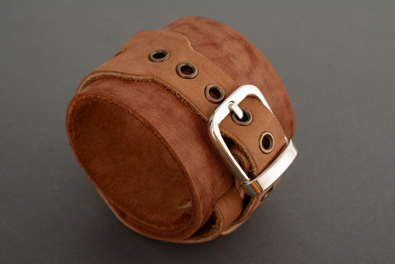 Кожаный браслет-напульсник фото 1