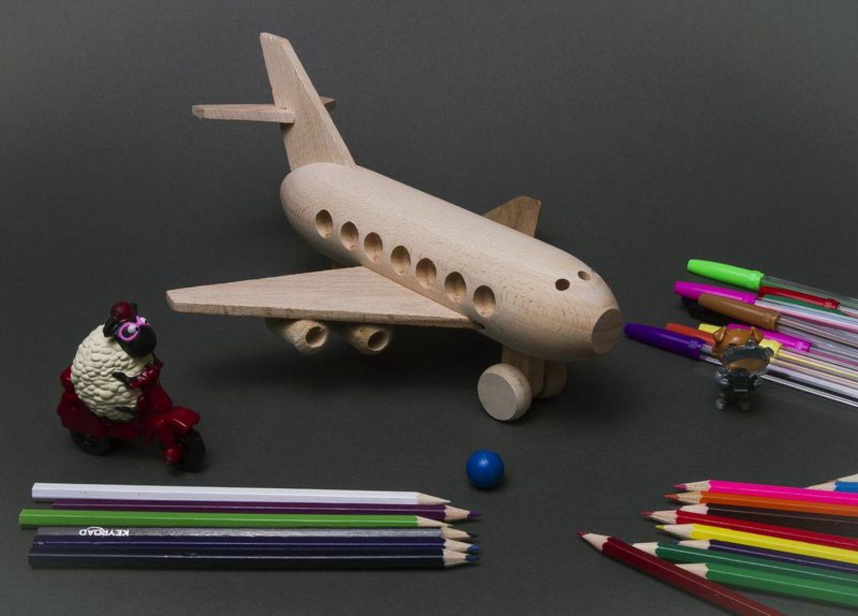 Игрушечный самолёт своими руками