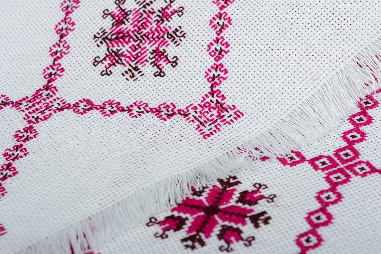 Set of embroidered napkins - MADEheart.com