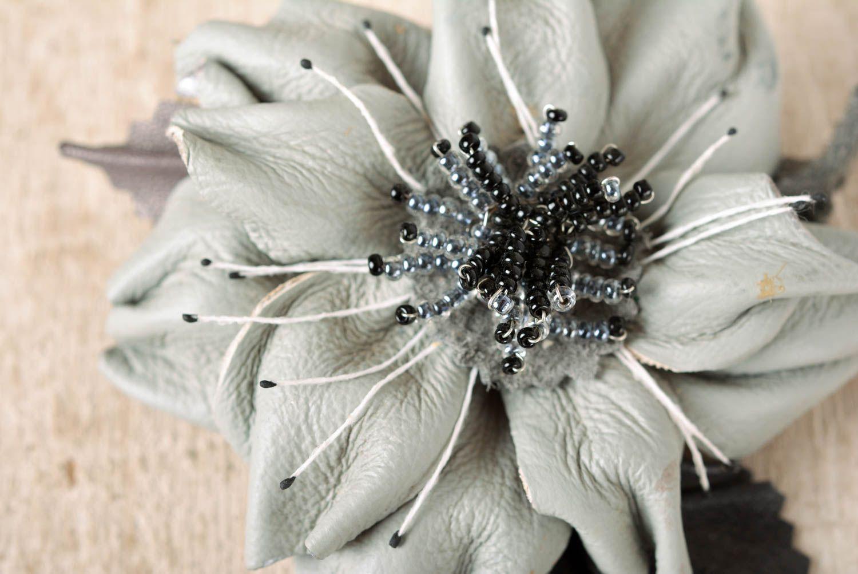 Madeheart Handmade Brooch Flower Brooch Leather Jewelry Hair Clip