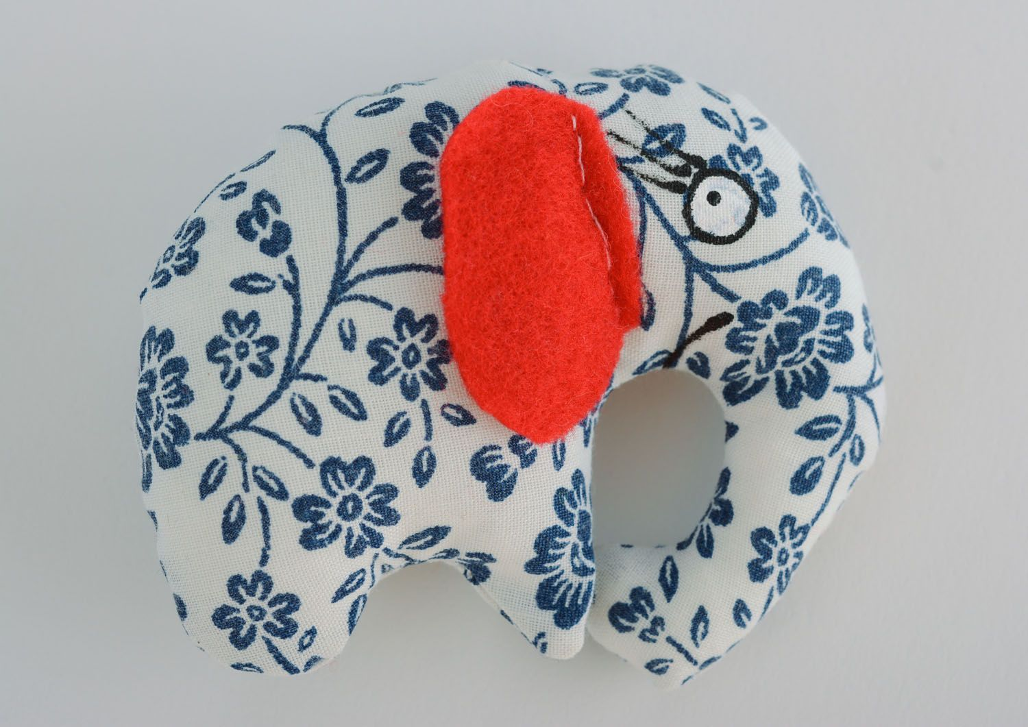 Soft toy in the shape of elephant photo 1