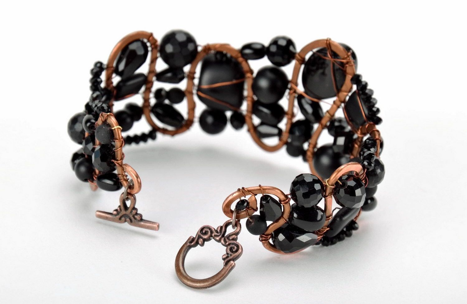 gemstone bracelets Copper bracelet with onyx, agate and crystal - MADEheart.com