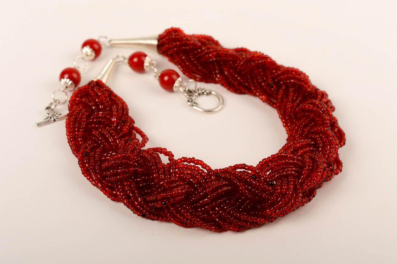 Красное ожерелье из бисера своими руками