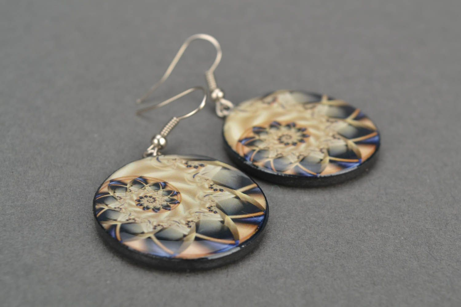 Round earrings  photo 5