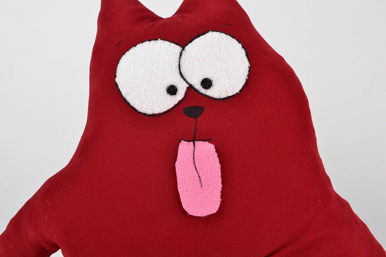 madeheart coussin chat rouge d co maison fait main en tissus original coussin pour enfant. Black Bedroom Furniture Sets. Home Design Ideas