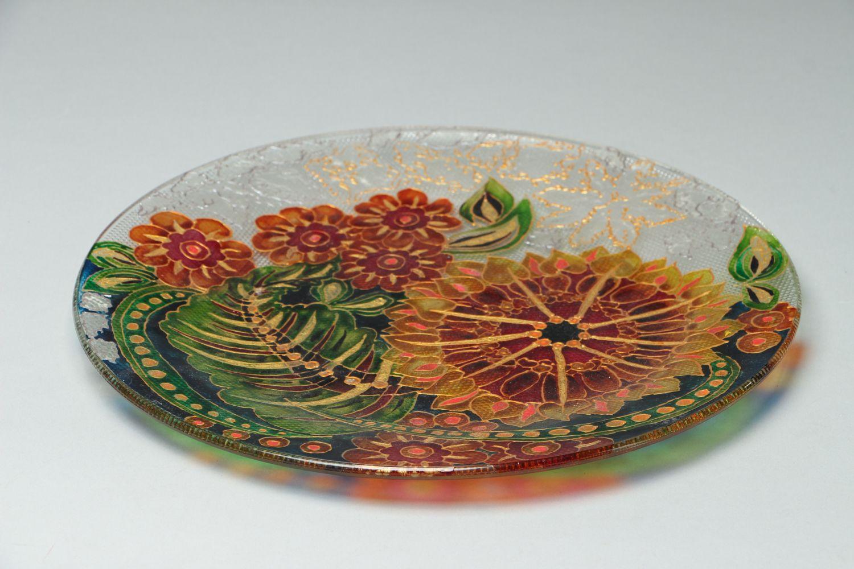 MADEHEART > Assiette décorative en verre peinte technique de vitrail