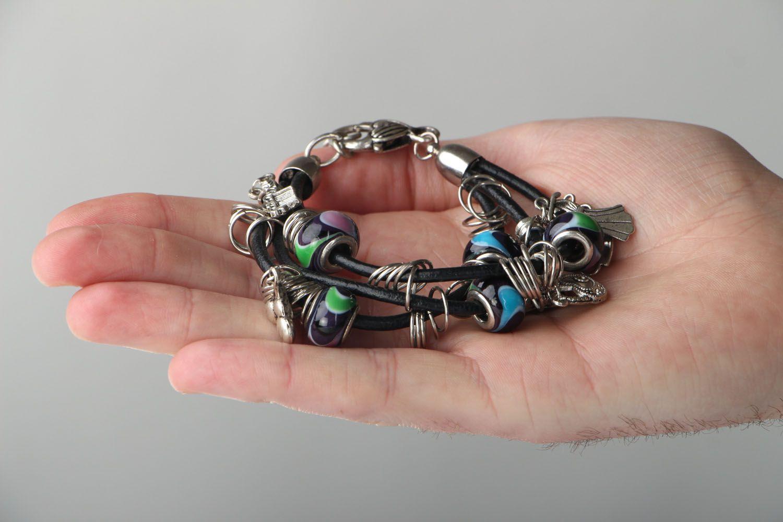 bracelets à breloques Bracelet en verre lampwork et pendeloques fait main - MADEheart.com