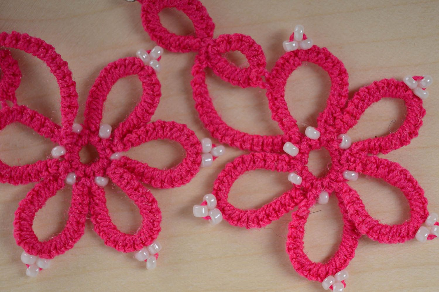 Pink woven earrings photo 3