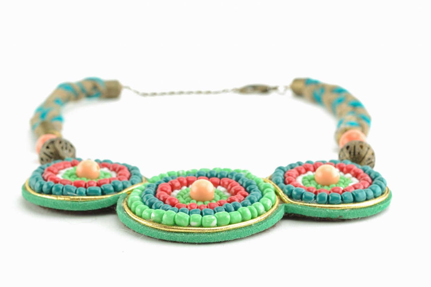 Casual beaded necklace photo 2
