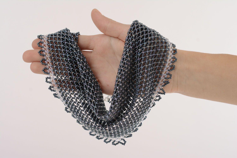 Graues Collier mit Glasperlen Halstuch foto 5