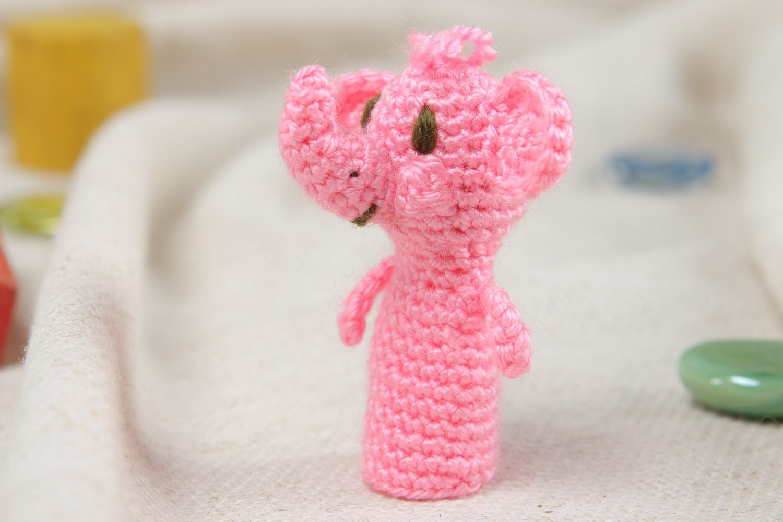 Ellie the Elephant Finger Puppet pattern by Jenn Lovecurry - Ravelry | 1000x1500