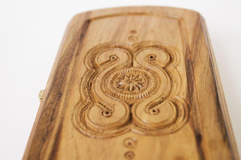Backgammon made of natural wood photo 4
