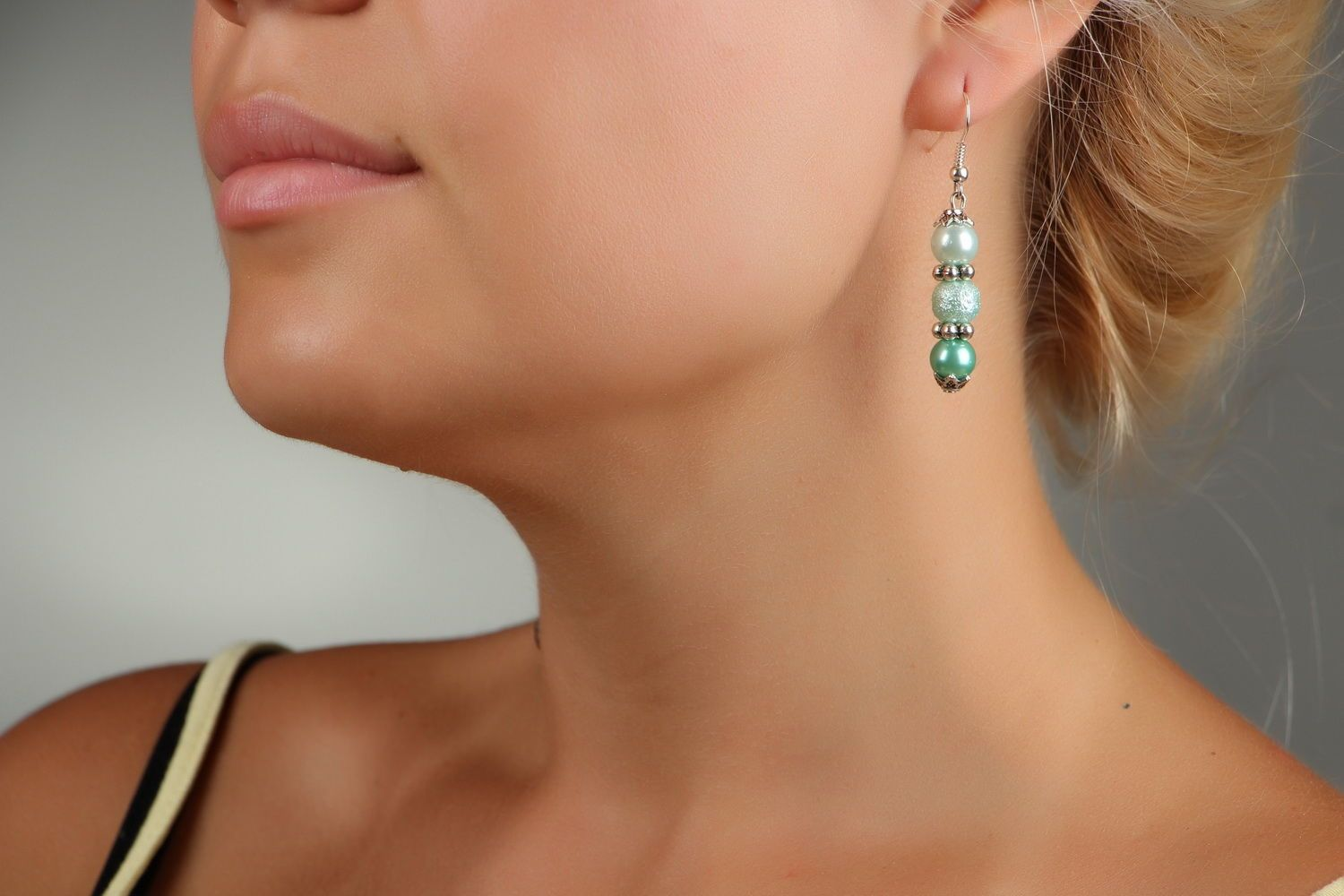 Earrings with pearls photo 3