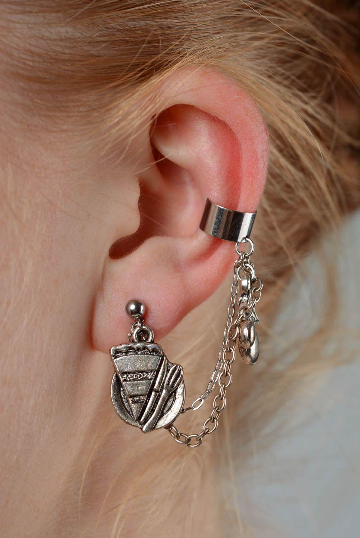 Cuff earrings made of costume jewelery alloy Dessert photo 3