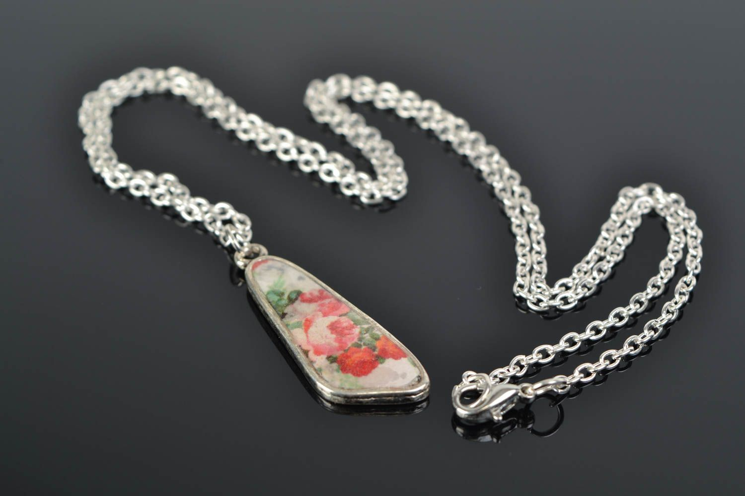 Handmade epoxy resin neck pendant with decoupage flowers for women photo 1