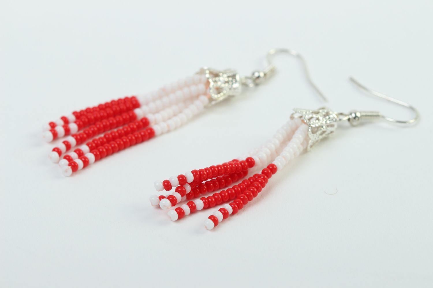 dangle earrings Stylish handmade beaded earrings woven bead earrings costume jewelry designs - MADEheart.com : stylish costume jewelry  - Germanpascual.Com