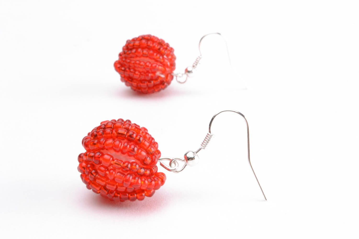 Earrings with red beads photo 2