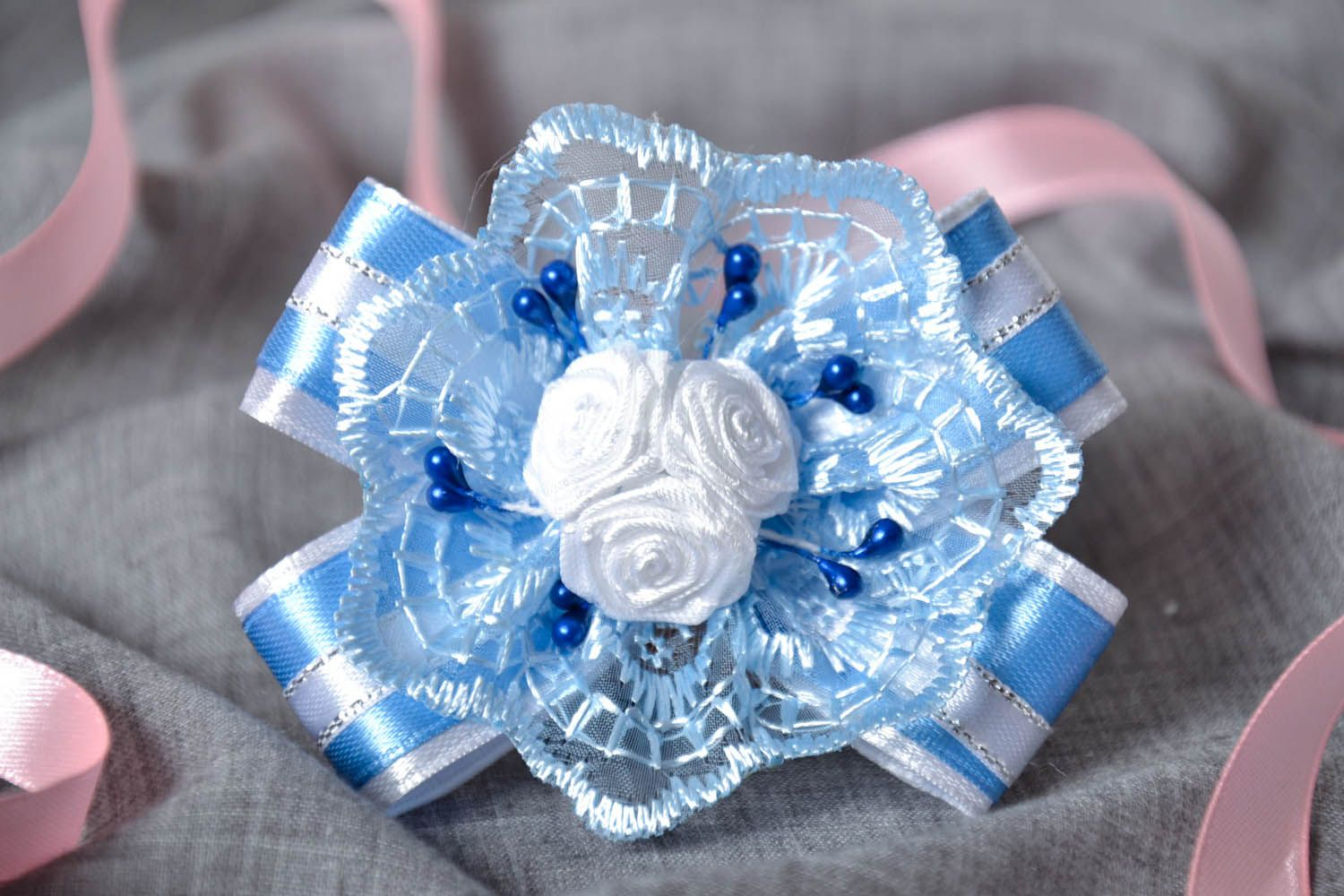 Hair clip with roses photo 1