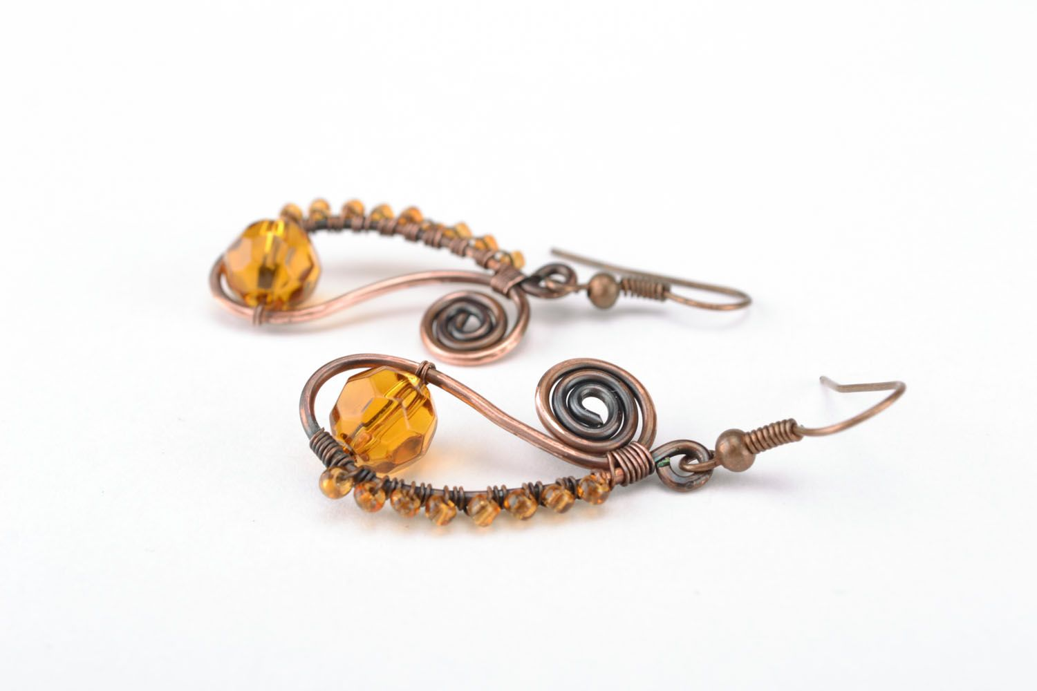 Earrings made of copper wire photo 3