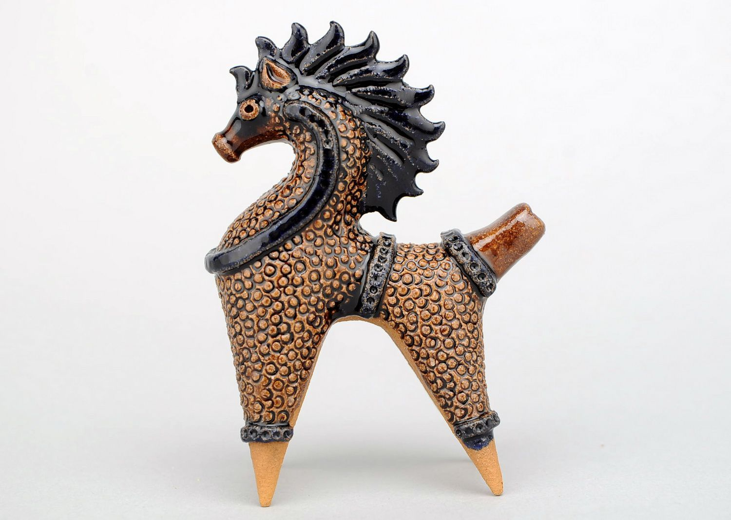 Clay horse penny whistle photo 4