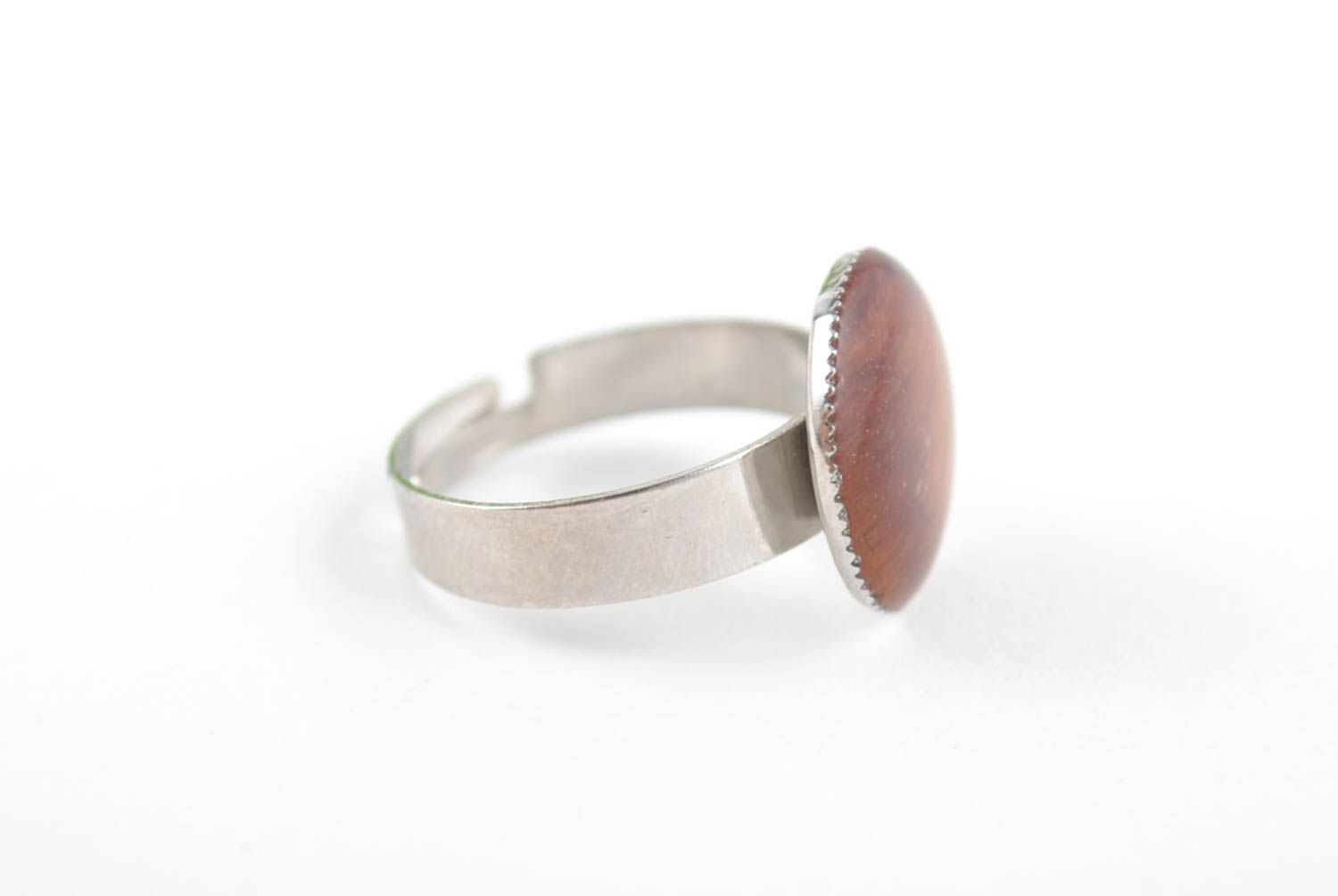Round-shaped handmade stylish brown ring with epoxy resin adjustable size photo 4
