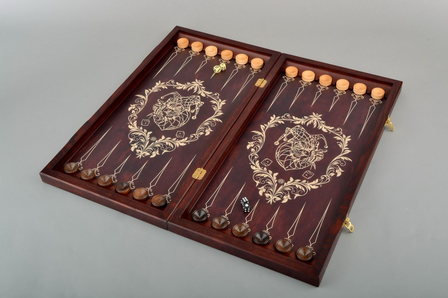 Wooden backgammon set photo 3