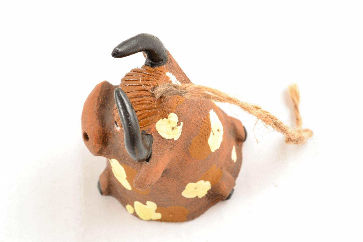 Clay bell in the shape of bull photo 3