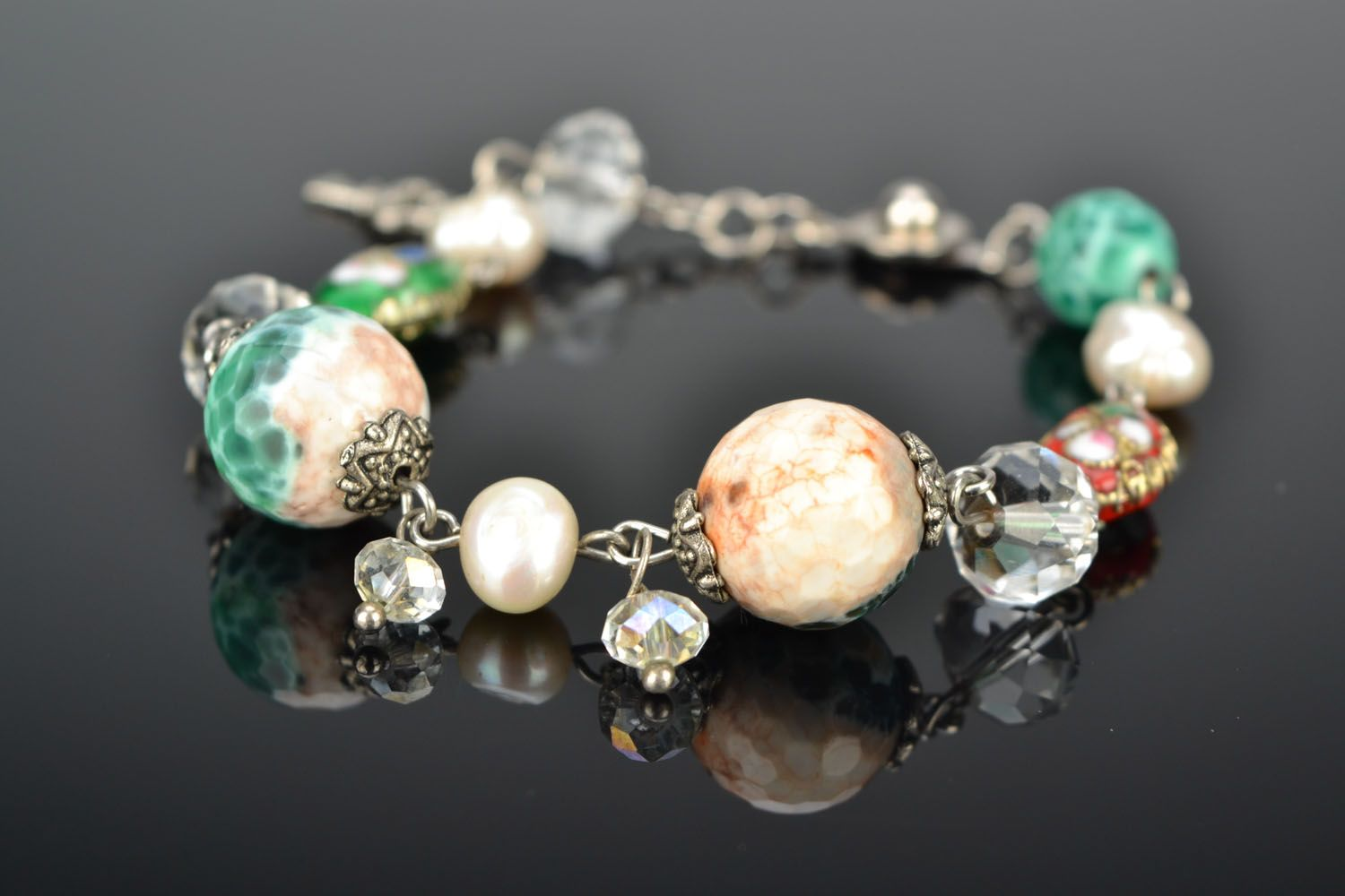 Bracelet with agate and river pearls photo 1