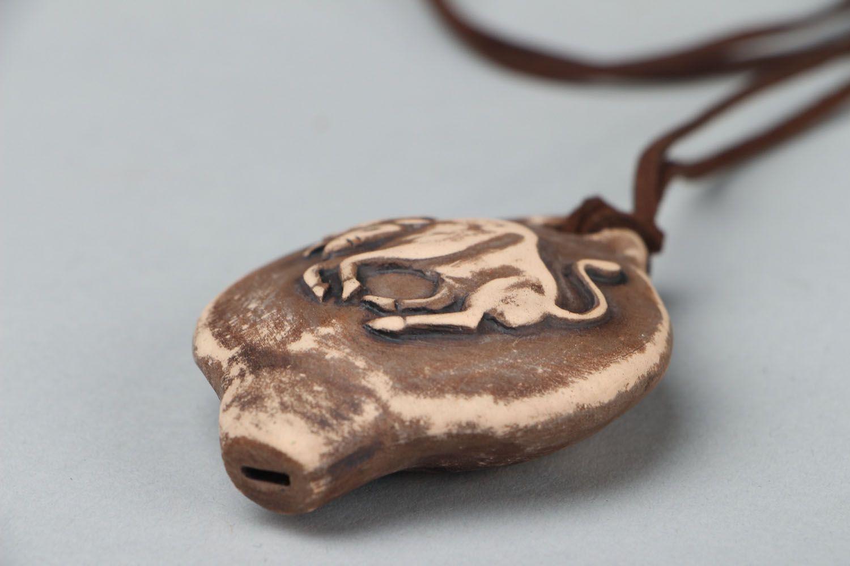 Ceramic pendant whistle Bull photo 4