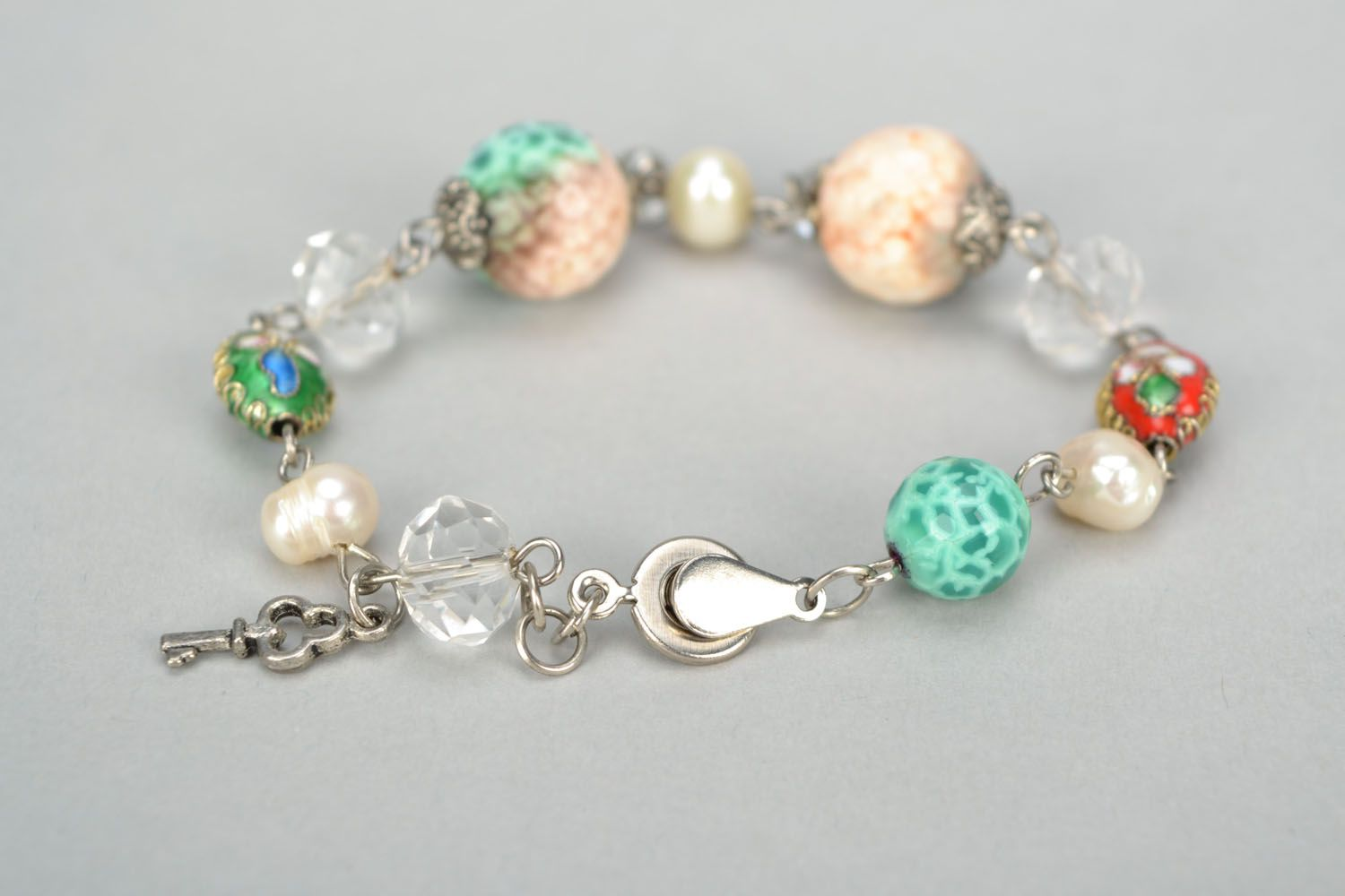 Bracelet with agate and river pearls photo 5