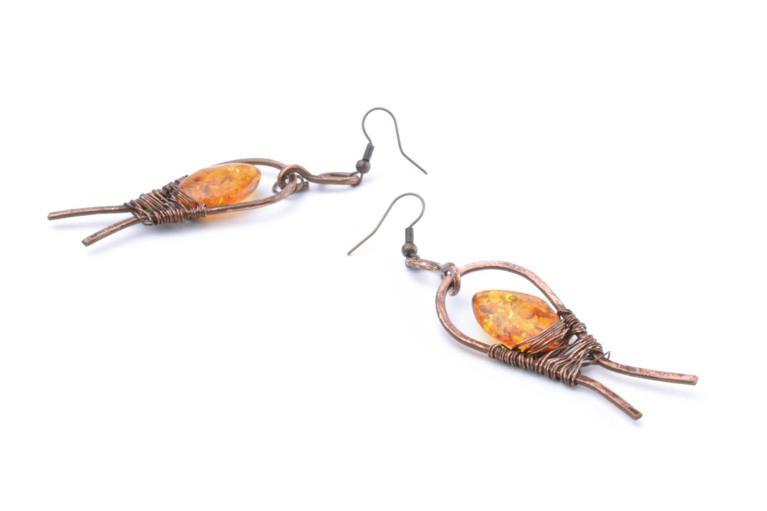 Copper dangle earrings with amber photo 3